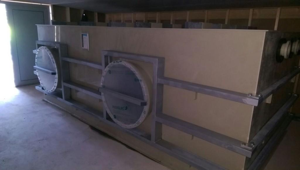 Getinge: Behälter mit Trennwand